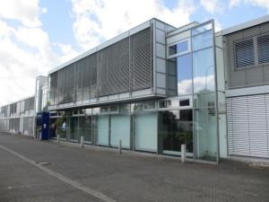 Gebäude mit Eingang